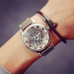 Dámské hodinky JIS se stříbrným ciferníkem